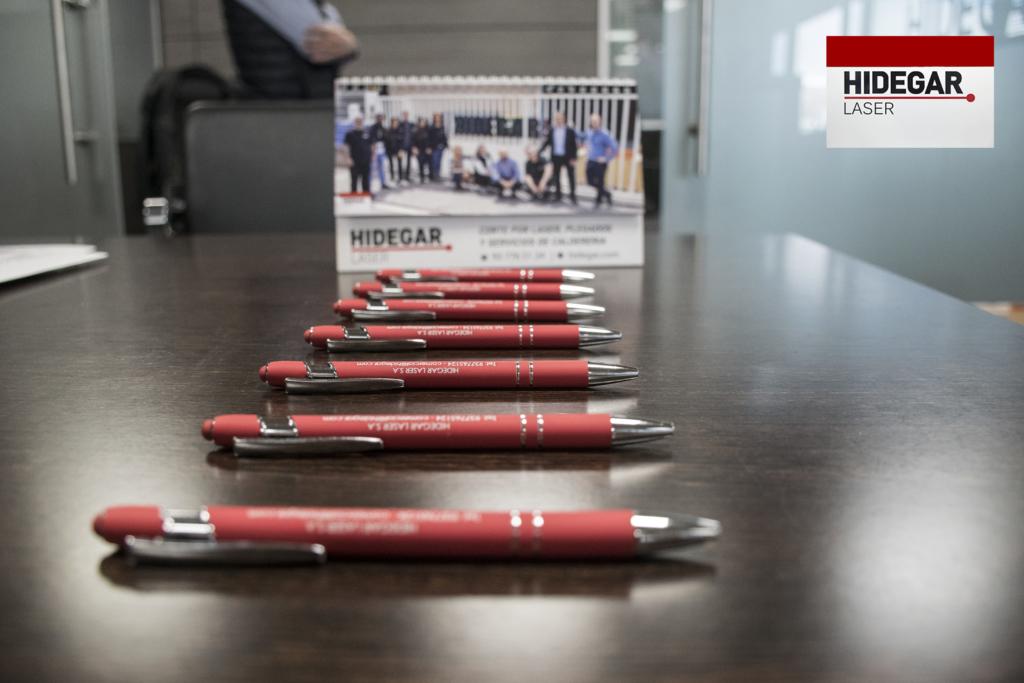 Merchandising Hidegar Corte por laser